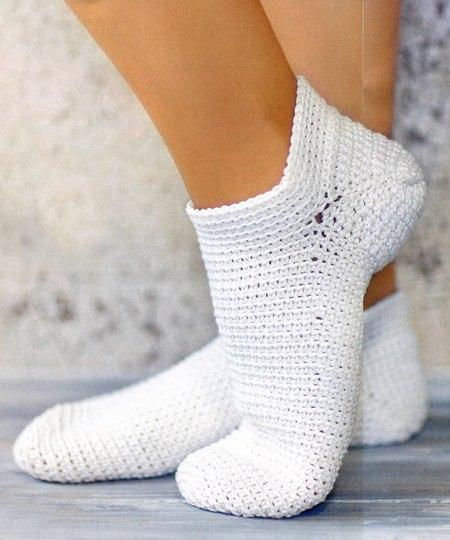 Теплые носочки, связанные крючком 0
