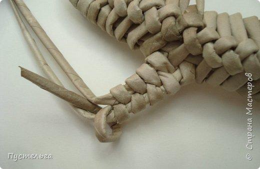 Плетение из газет ящерицы: мастер-класс от мастерицы Пустельга 8