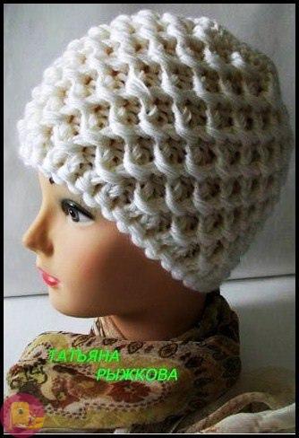 Невероятной красоты тепленькая вязаная шапочка 0