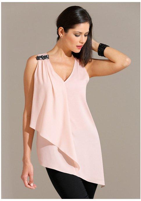 Красивые блузы ассиметричного кроя: идеи 0