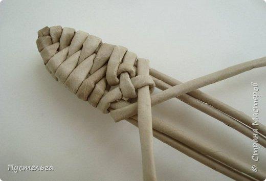 Плетение из газет ящерицы: мастер-класс от мастерицы Пустельга 3