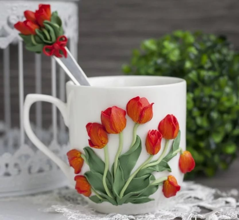 Чашка с цветами из полимерной глины: идеи и техники 3