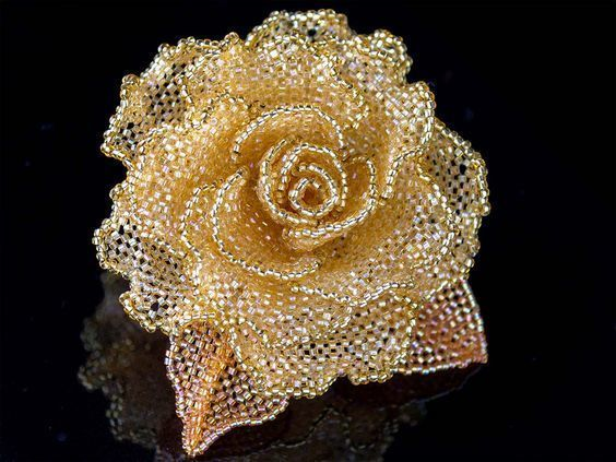 Бисерная роза 0