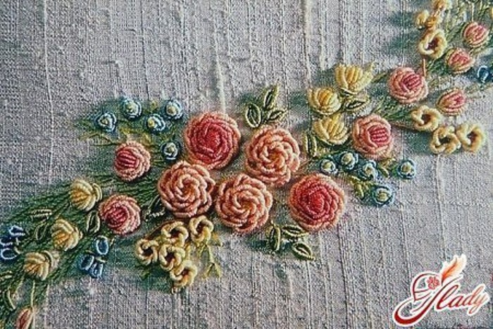 Вышивка в стиле рококо