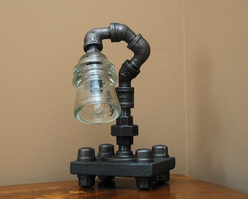 Как сделать светильник из водопроводных труб своими руками