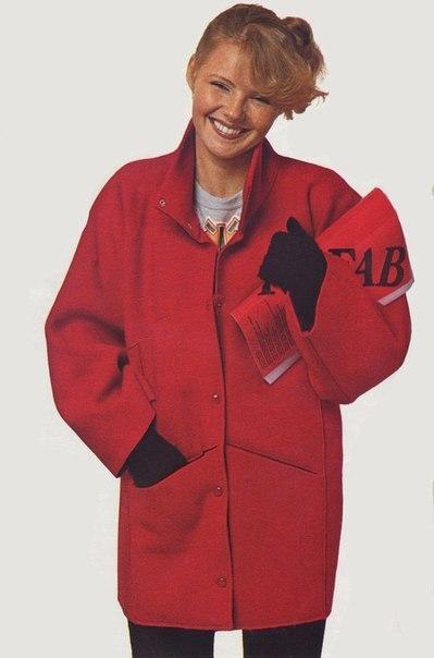 Оригинальное пальто из одного куска ткани. 0