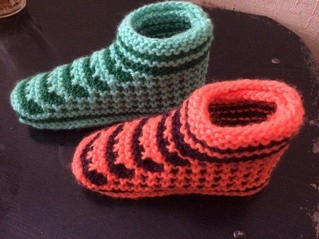 Для любителей вязания. Оригинальные следки спицами ...