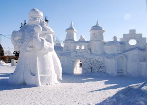 Красивые снежные скульптуры: великолепные идеи для грандиозного творчества