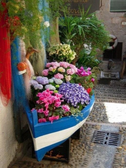 Вторая жизнь старых вещей в вашем саду