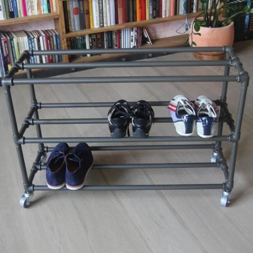 Полочки для обуви из труб: идеи 3