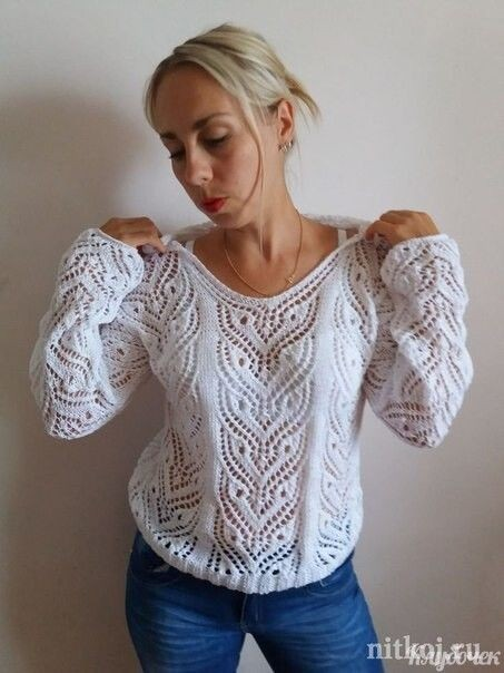Пуловер спицами с невероятно красивым ажурным узором