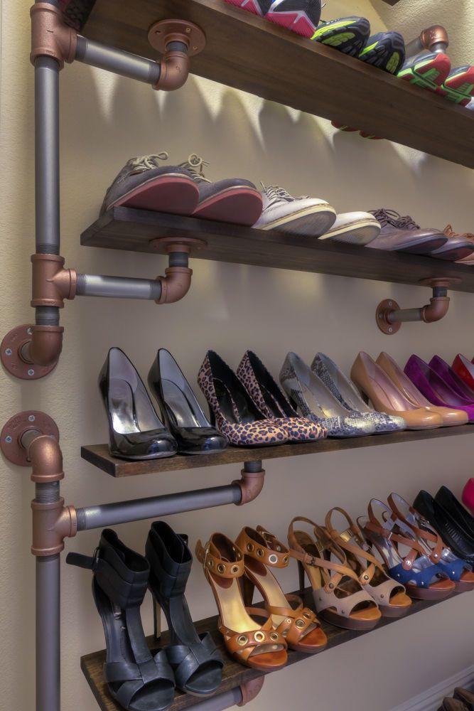 Полочки для обуви из труб: идеи 6