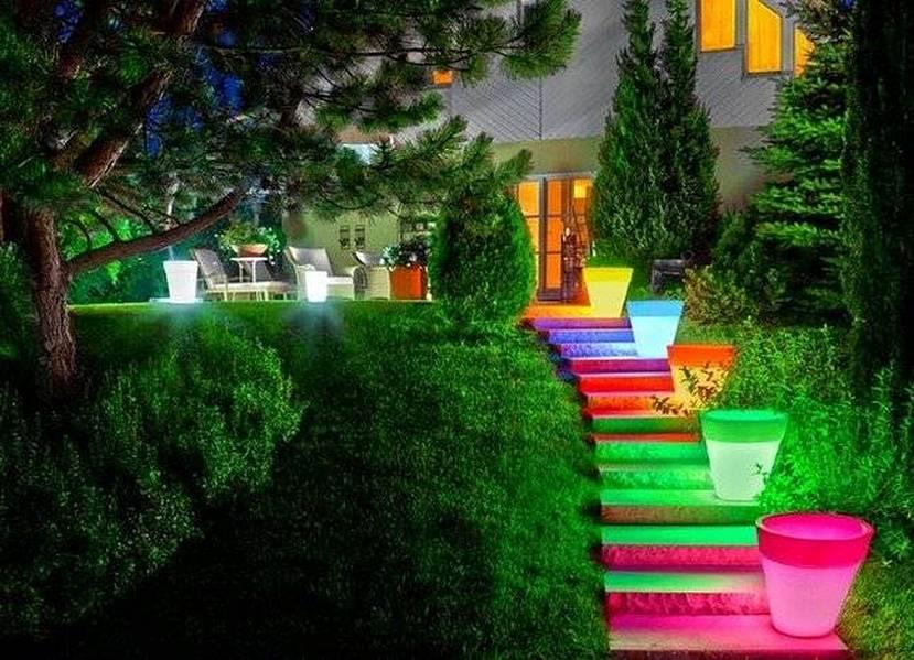 Использование флуоресцентных красок в декоре сада 7