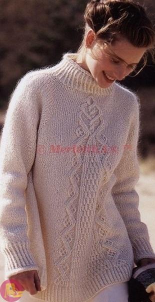 Расклешенный пуловер спицами с рельефным необычным узором 0