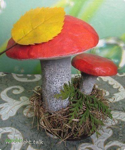 Осенние грибочки из папье маше: мастер-класс
