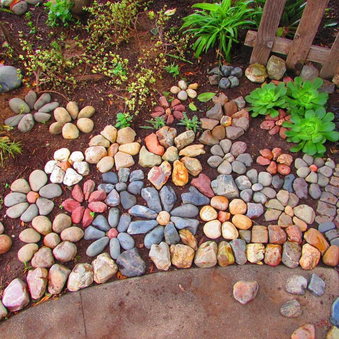 есть поделки для двора из камня фото обнаруженных