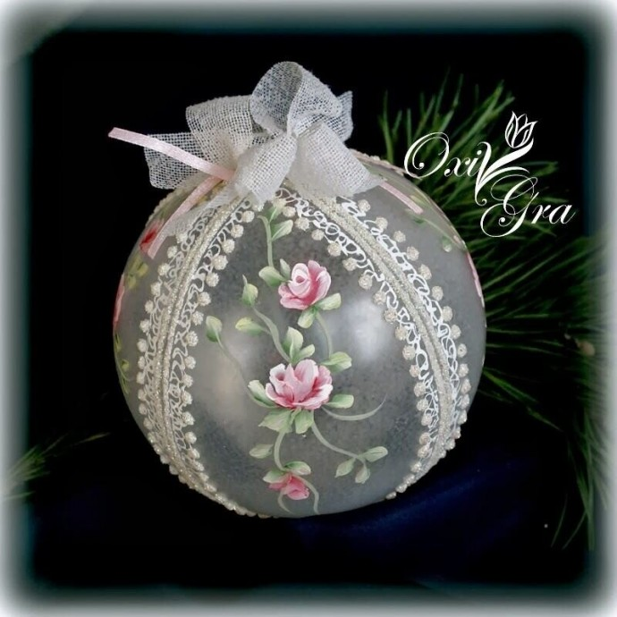 Роспись новогодних шаров: идеи для погружения в сказку