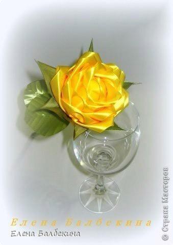 Восхитительная роза из лент: мастер-класс